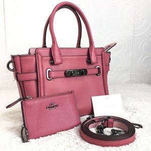 🌸OFFERS?🌸Coach Leather Matte Pink Set